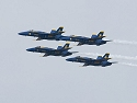Blue Angels diamond. 300mm, 1/800 at f/8.