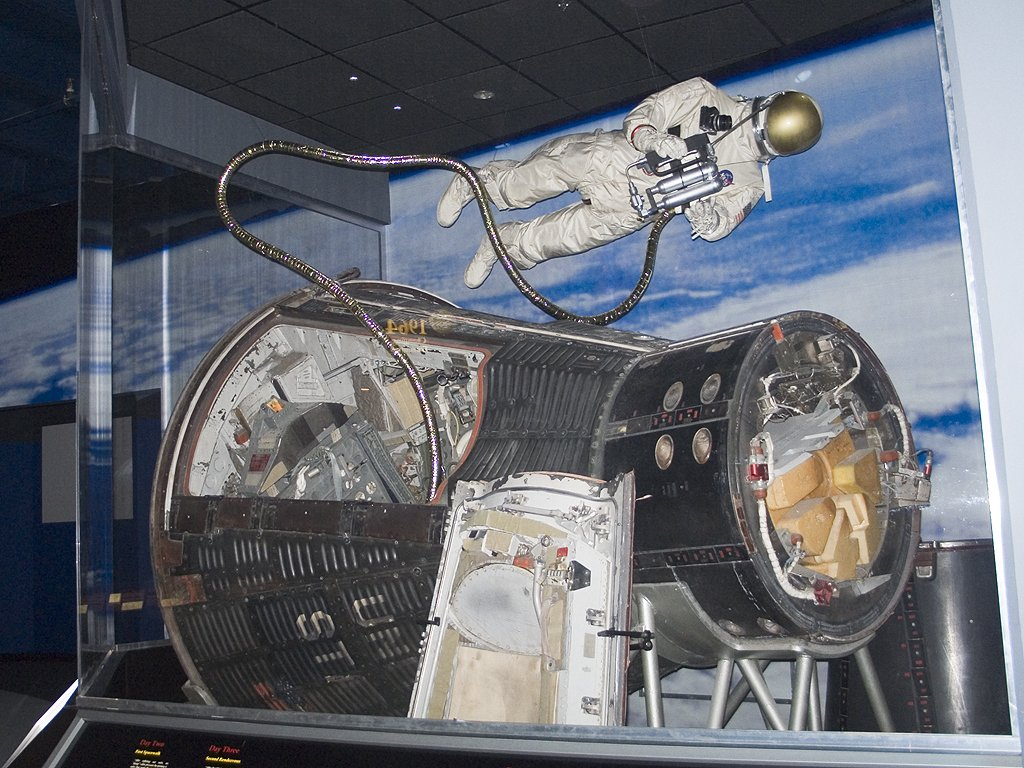 Gemini X capsule, Kansas Cosmosphere, Hutchinson.  The spacewalk of astronaut Michael Collins is depicted.  Click for next photo.