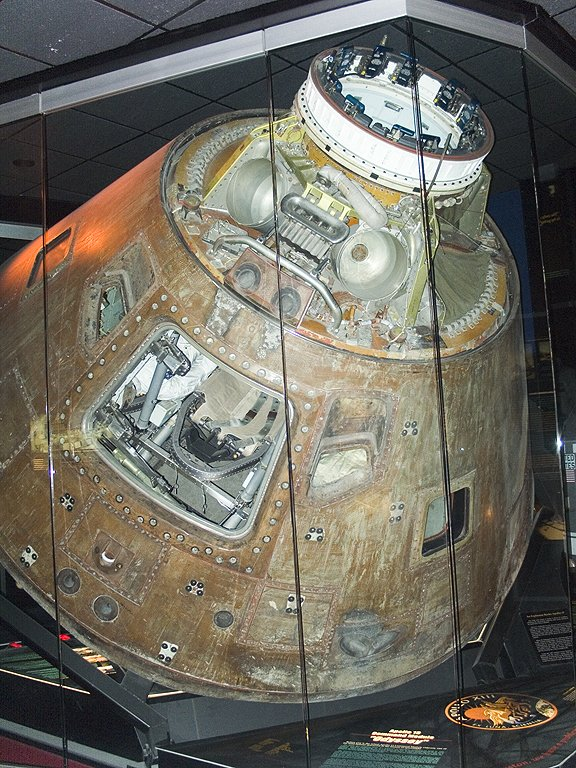 Apollo 13 command module Odyssey, Kansas Cosmosphere, Hutchinson.  Click for next photo.