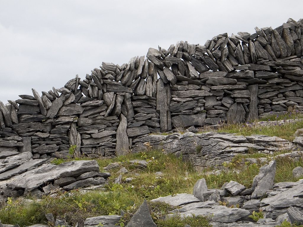 Typical stone wall, Inis Meáin, Ireland 2005.  Click for next photo.