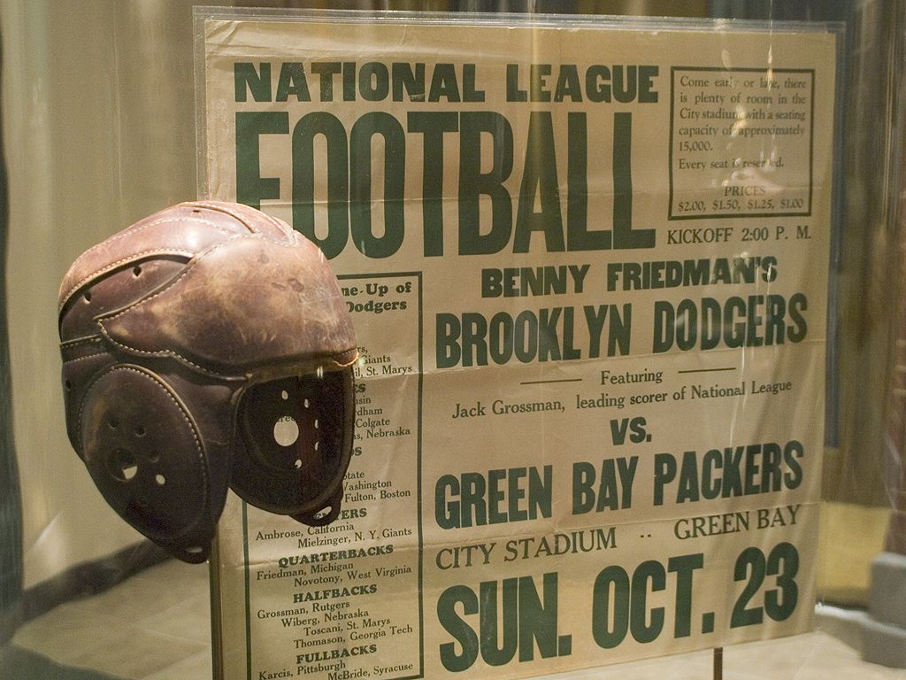 Green Bay Packer museum with exhibits dating back to the days of leather helmets.  Note the ticket prices, $1-$2.  Click for next photo.