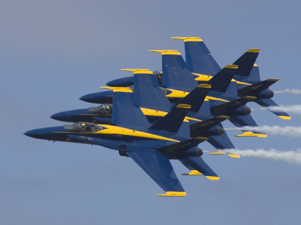 Blue Angels in tight formation, Rhode Island ANG 2005.  Click for next photo.