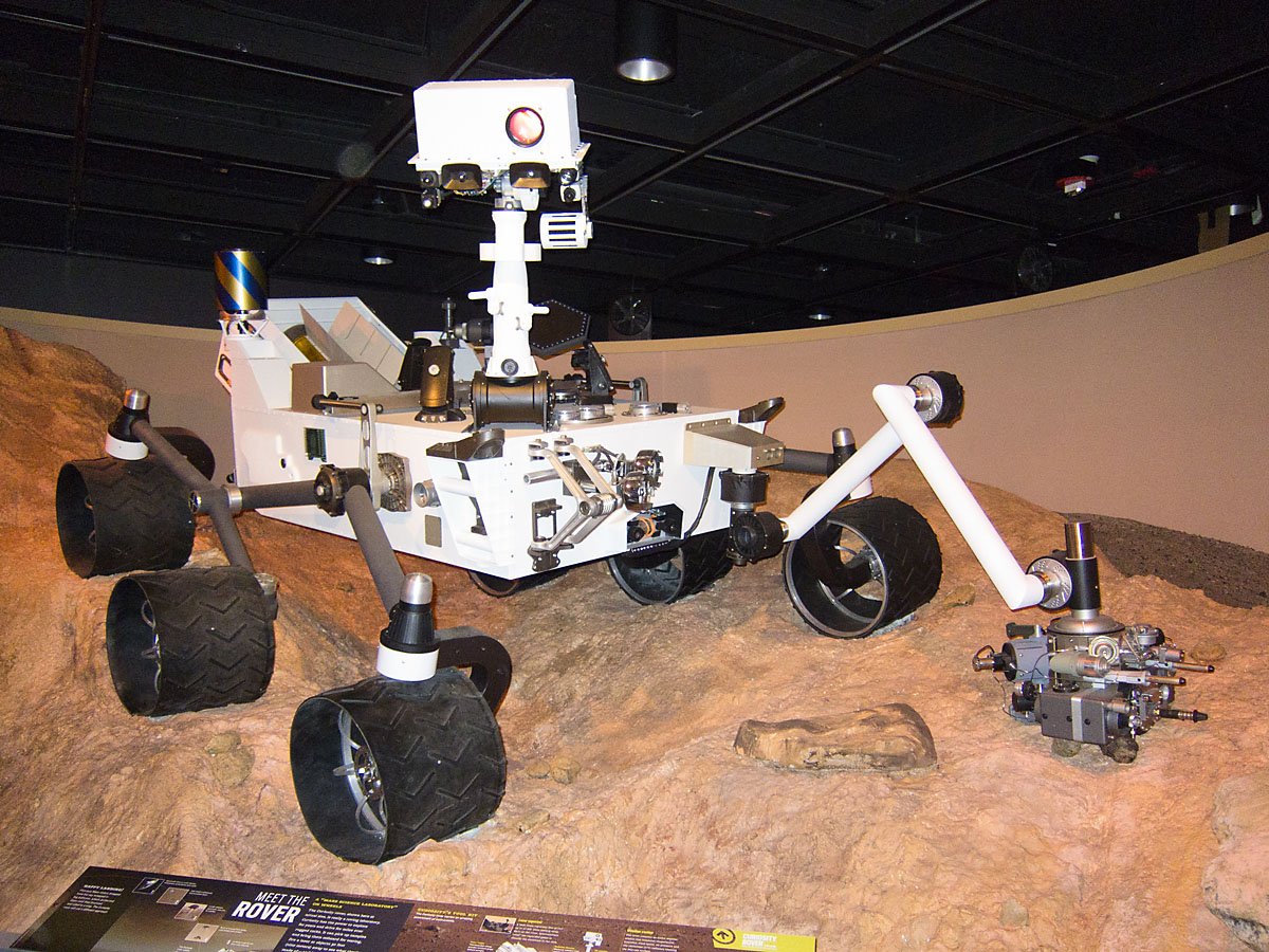 Model of the new Mars rover Curiousity at the New York Museum of Natural History, May 2012.  The rover is scheduled to land on Mars Aug. 5, 2012.  Click for next photo.