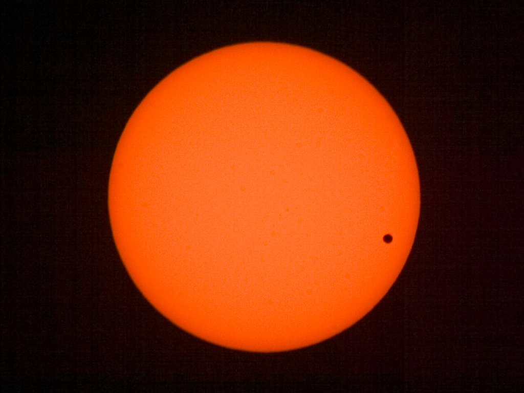 Venus Transit, June 8, 2004.  Click for next photo.